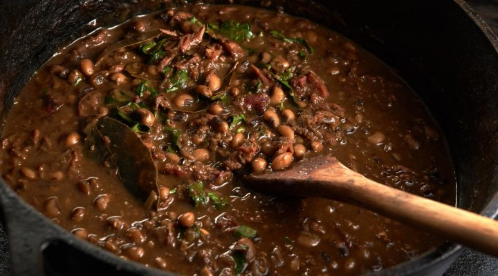 ... Pork, Collard and Blackeye Pea Gumbo :: Recipes :: Camellia Brand