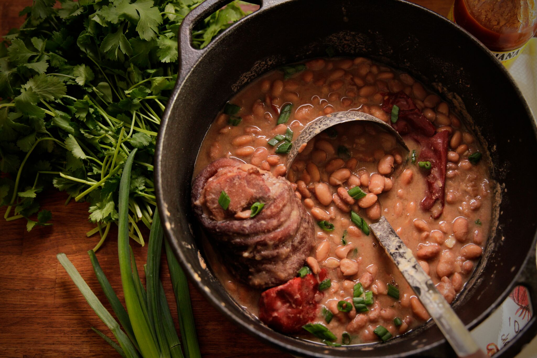 Beans Simmered with Pork: Deeply Flavorful Dishes :: Camellia Brand